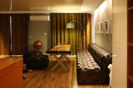 Стилен кожен диван по индивидуален проект