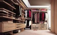 Луксозна гардеробна стая по поръчка