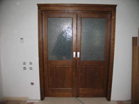 Портална остъклена 2/3 врата масив