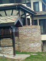 Фасада са прилагођеним природног камена