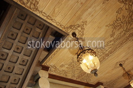 дърворезба на таван