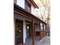 Луксозна сглобяема дървена къща