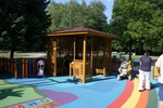 Производство на дървена беседка за детска площадка