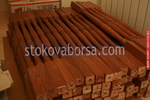 монтиране на дървени парапети за тераса