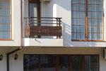 парапет за тераса от дърво и метален профил