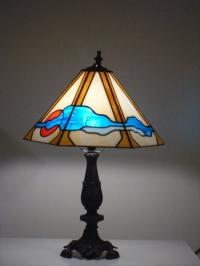 Дизайнерска лампа с витраж