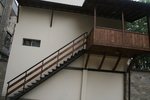 изграждане на стълби от метал и дърво