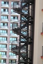 вити противопожарни стълбища