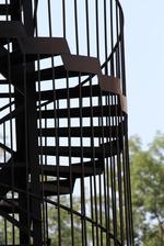 метална вита противопожарна стълба