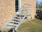 изграждане на външни метални стълбища