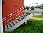 външно стълбище от метал