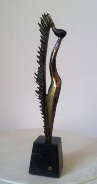 Бронзова авторска скулптура Жажда