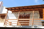 поръчков дървен парапет от дъб за тераси