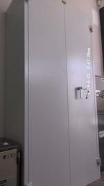 Евтини метални шкафове с различни размери